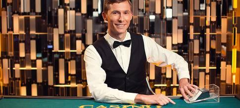 Evolution Gaming Adds Jumbo 7 Progressive Jackpot to Casino Hold'em
